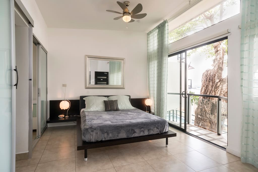 BEST VIEW IN ESCAZU/3BEDROOM HOUSE