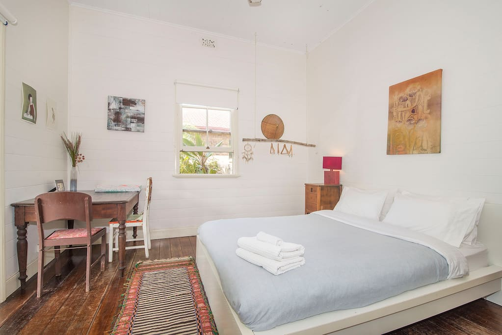 Lovely room 1 CENTRAL Byron Bay