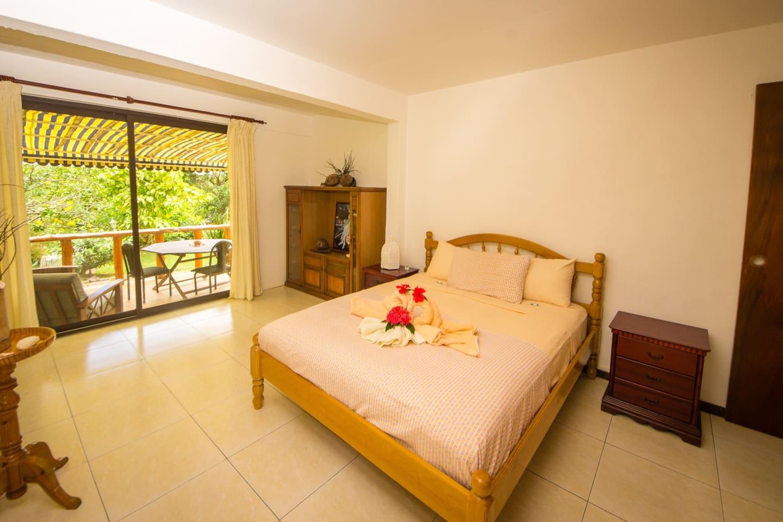 Double room+ terrace + garden view