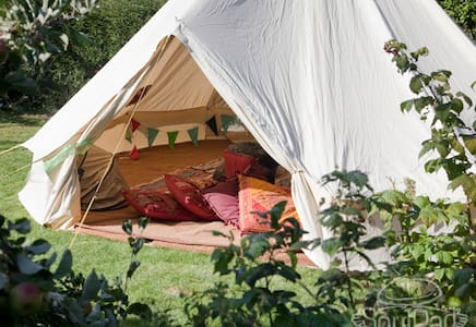 Cosy wood cabin with glamping tent - Fareham - Zomerhuis/Cottage