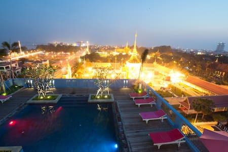 Frangipani Royal Palace Hotel &Spa - Phnom Penh - Bed & Breakfast