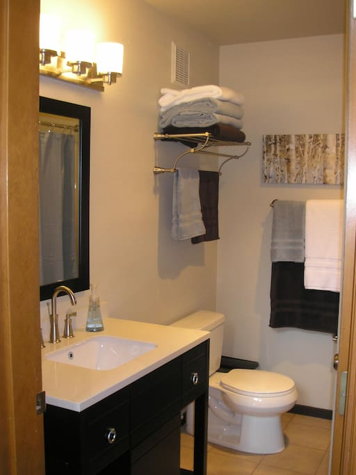 All linens included - full, newly renovated, bath