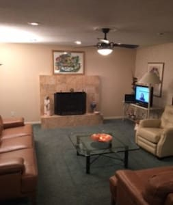 3300 square foot single family home - University Heights - House