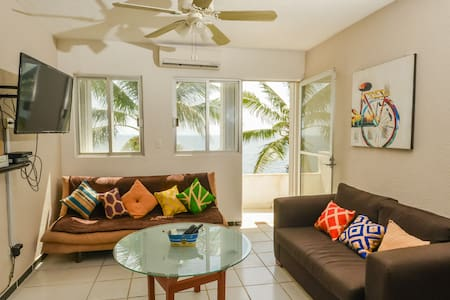 COZY OCEANFRONT 4 PAX APARTMENT FULLY EQUIPPED - Apartment