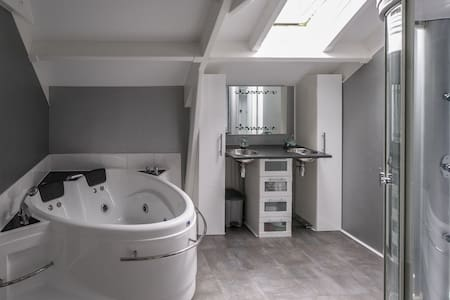 Luxury two bathroom lofthouse - Ev