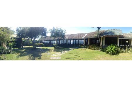 Villa RH - Beautiful Waterfront Beach House - Kabupaten Banyuwangi