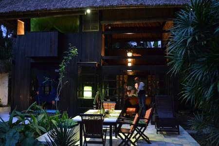 Best of Bali Indoor/Outdoor Living