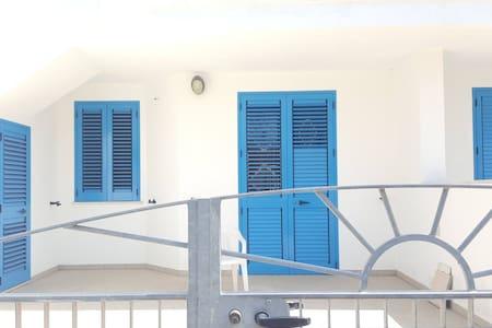 Accogliente trilocale in Salento - Torre Pali