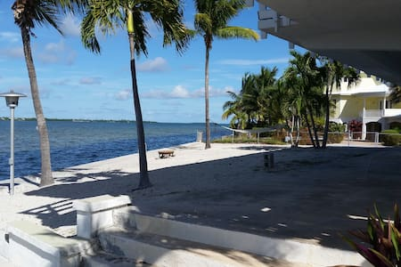 Million Dollar View in Paradise - Big Pine Key - House