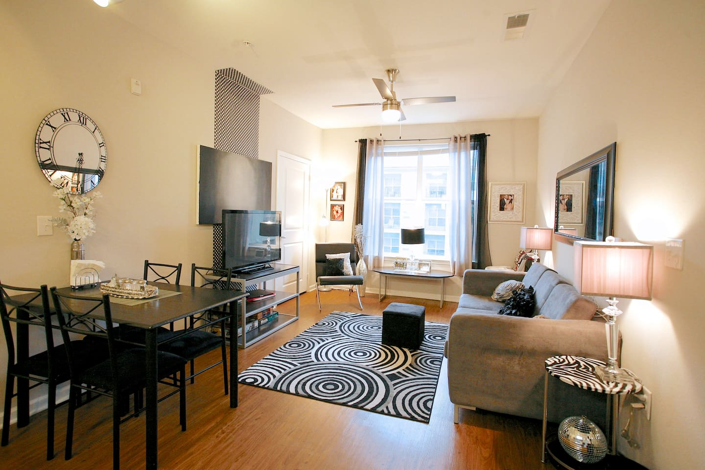 Furnished Modern Luxury Apartment