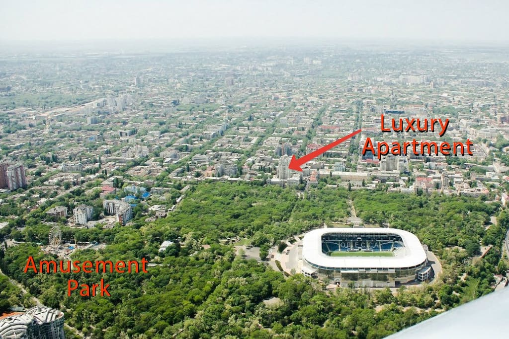 5 minute walk to odessa's premier amusment park and roller coaster