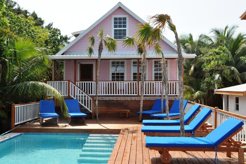Barbara 39 s beach house houses for rent in belize city for Rent house for a night
