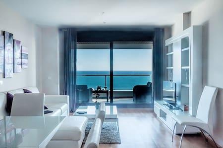 Lujoso apartamento vistas al mar  VFT/MA/00169 - Apartmen