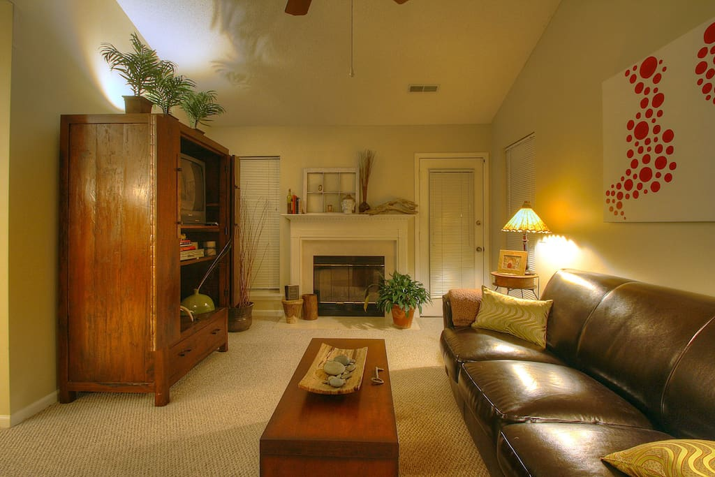 Living Room - View as you enter front door (150 DirectTV channels and dvd player)