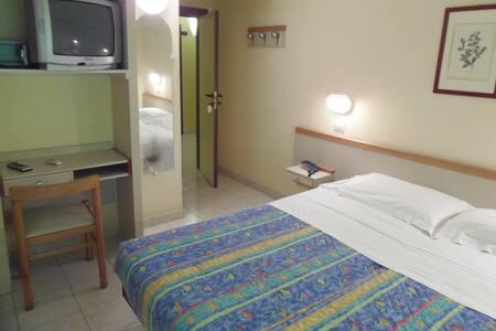 HELVETIA PARCO BED & BREAKFAST 3*