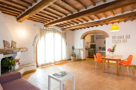 Chianti Holidays - San Silvestro - Monteriggioni - Apartment