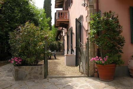 Holiday Rentals Greve in Chianti - Apartment