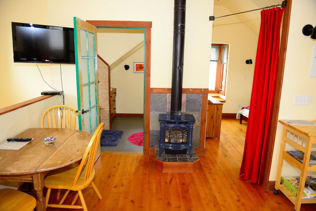 Downtown One Bedroom Apartment Apartments For Rent In Bozeman