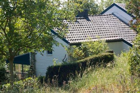 Idyllic country house 'De Engel'  - Chalet