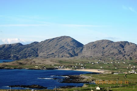 A haven by  Atlantic-near Allihies - Castletown-Bearhaven - Cabin