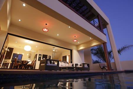 Todos Santos Beach House w/ Pool - Todos los Santos