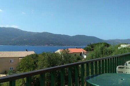 Villa Corse du Sud - Rumah