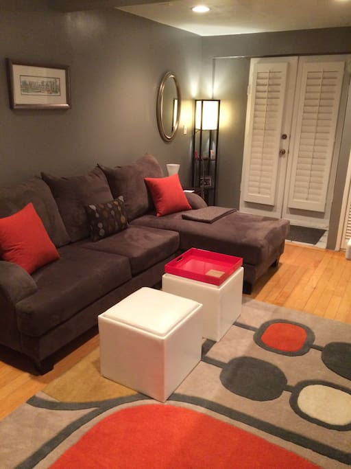 Cute 1 Bed in the BEST part of WeHo