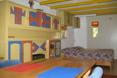 Guest house with beautiful garden - Beekbergen - Cabin