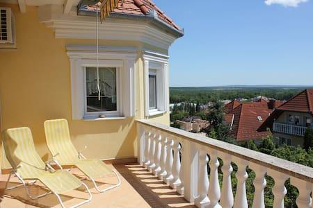 Bridal Suite - Hévíz, Hungary