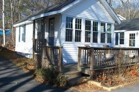 1 Bedroom Vacation Rental Tilton NH - Cabin