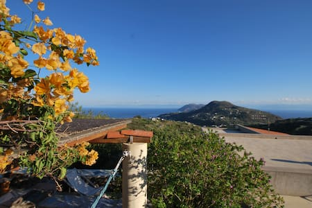 Terasia cottage in Lipari islands