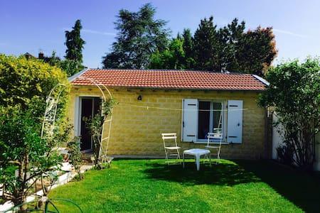 Independent house / maison indépendante - Le Perray-en-Yvelines - Huis