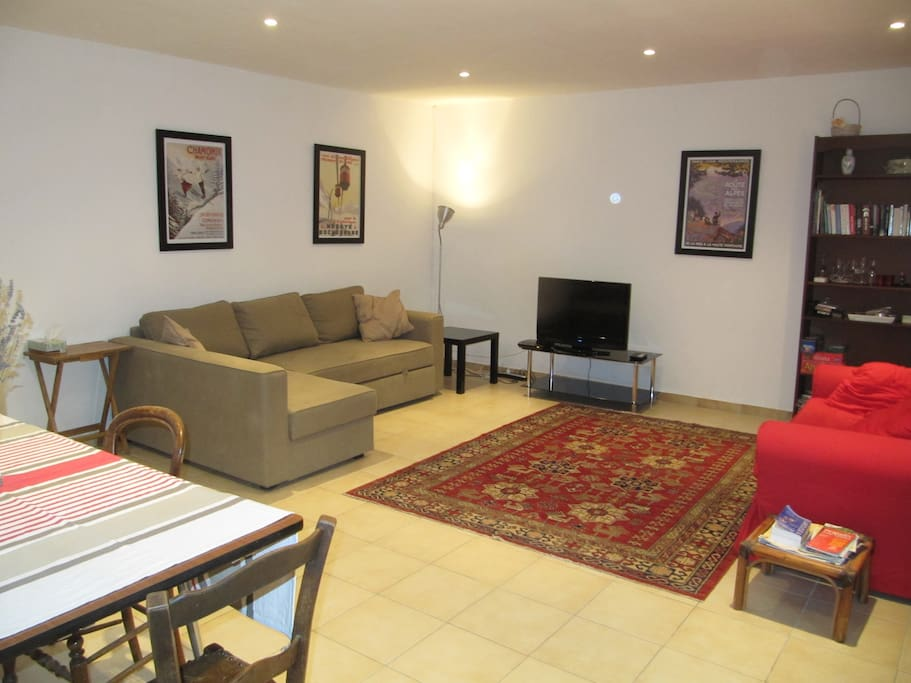 spacious living room in Roquebrun one level house