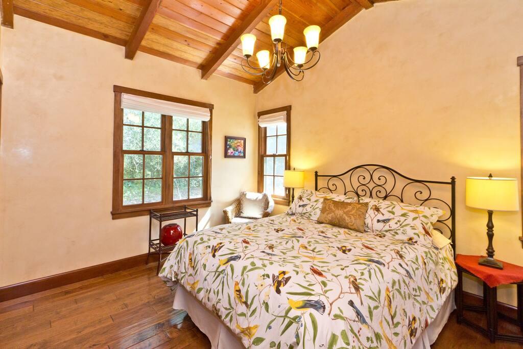 Quiet peaceful bedroom with very comfortable queen bed.