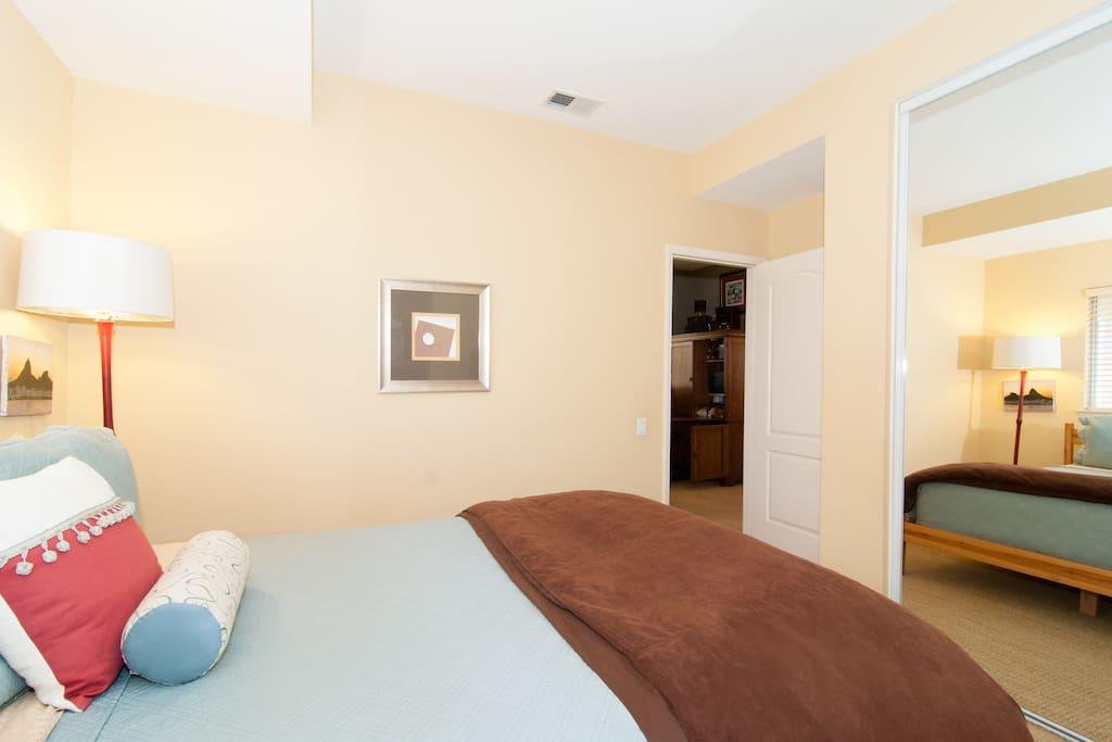 (Queen Sized) Bedroom