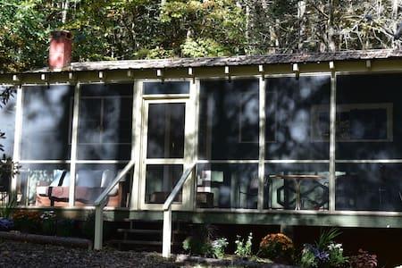 Buck Creek Cabins - House