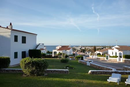 Lovely ground floor apartment with stunning views - Arenal d'en Castell
