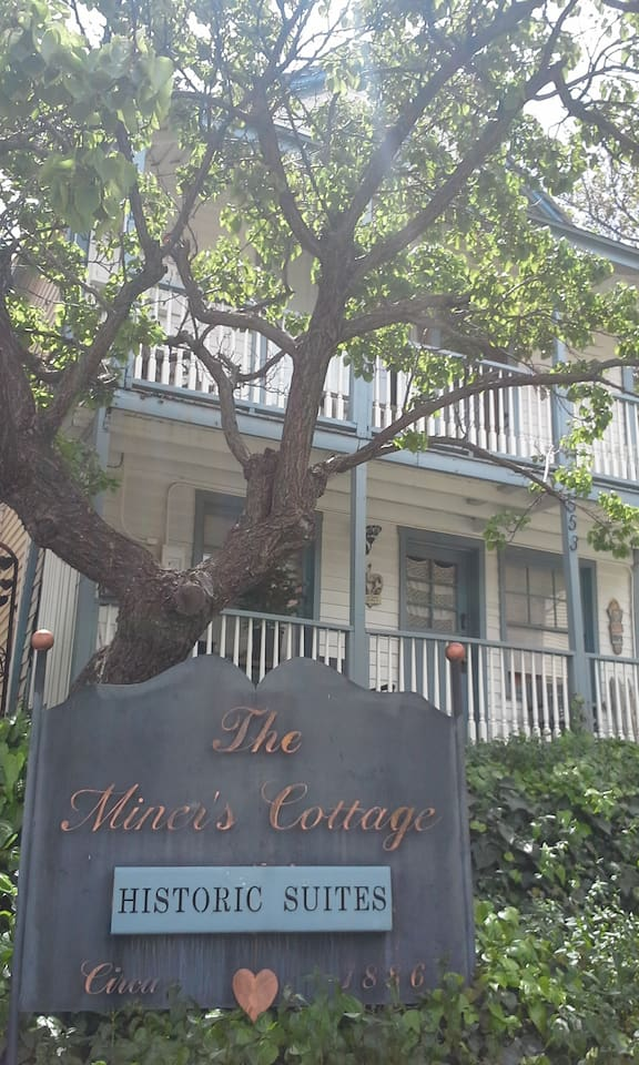 Miner's Cottage- The Hideaway
