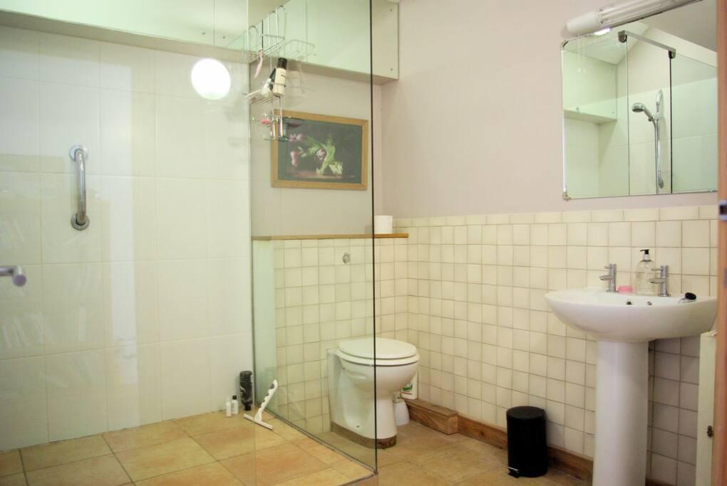 Bristol Bath Holiday Weekend Rent Rooms