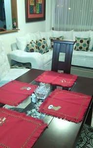 apartamento familiar - Társasház