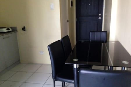 A 1 bedroom unit in heart of Manila - Condominium