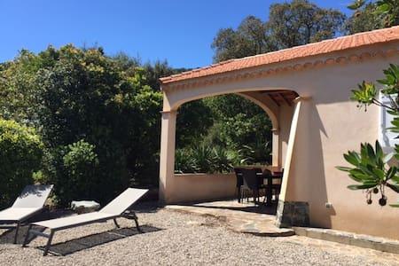Villa en 3 pièces - Cavalaire-sur-Mer
