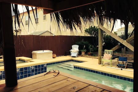 Surfer Pool Home - St. Augustine - Apartment