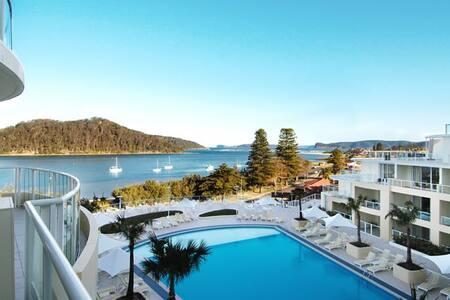 Luxurious Beachside Apartments