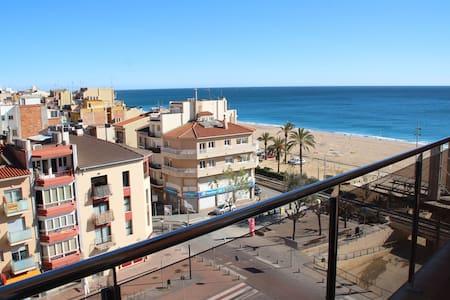 Apartamento en primera linea de mar - Calella
