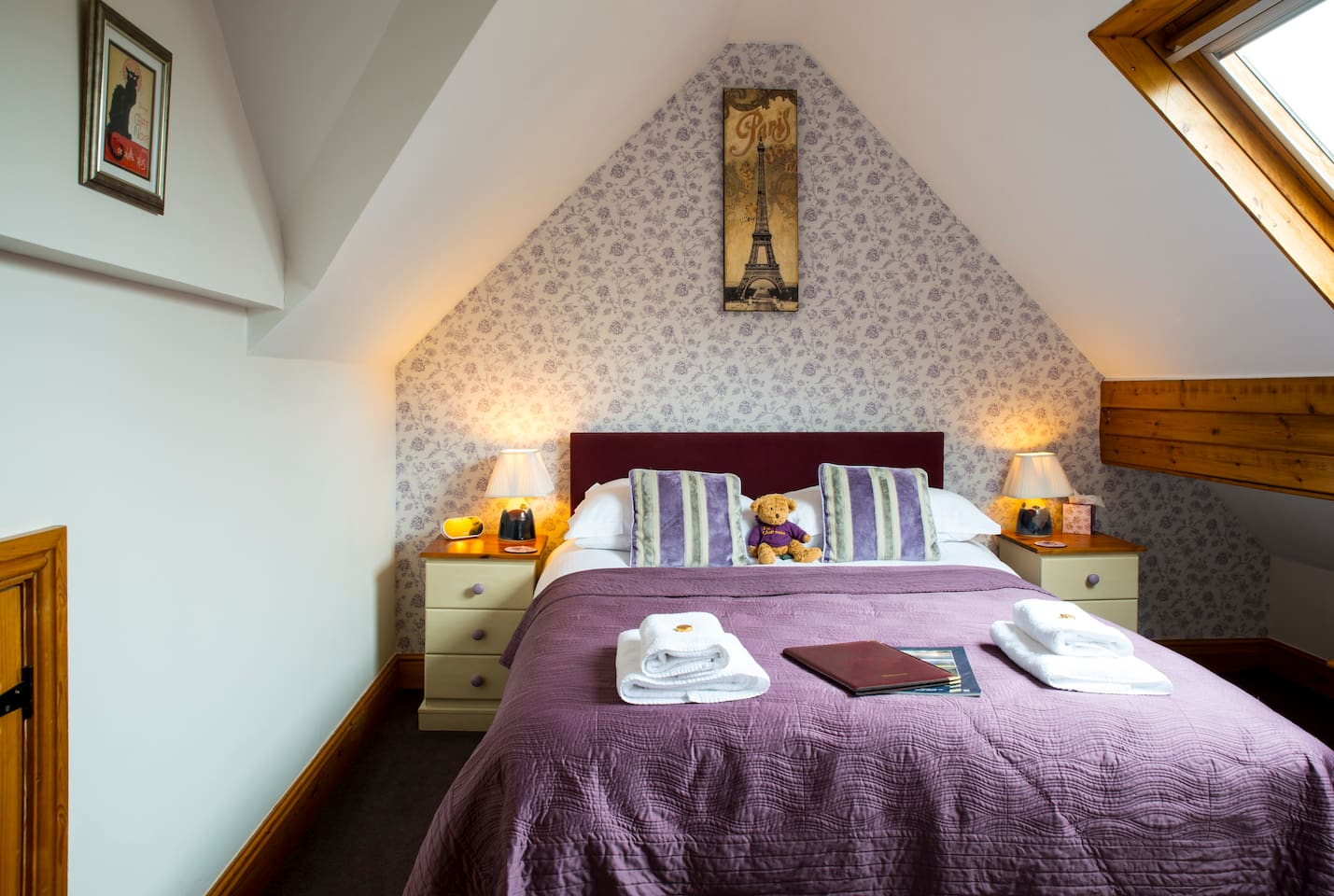 Double room on second floor, en suite with bath and shower