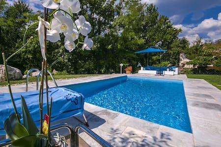 Villa Rupena mit Pool - Haus