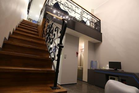 boutique hotel style-premium 2 level suite room - Apartmen