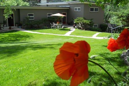 Deadwood Vacation Rental - Deadwood - Apartment
