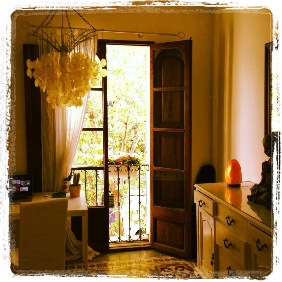 Sunny Town House Santa Catalina